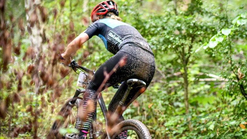 Mountainbiker til Chick'n ride løb